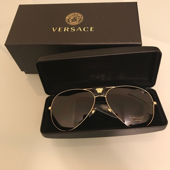 d6c873c4ff03 Brand New Black   Gold Versace Sunglasses